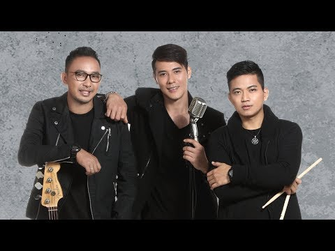Papinka - Seakan Hilang Ingatan (Official Lyric Video)