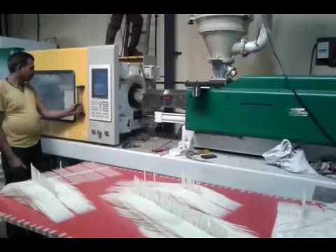 Windsor Injection Molding Machine By Ratan Hydraulic, Thane