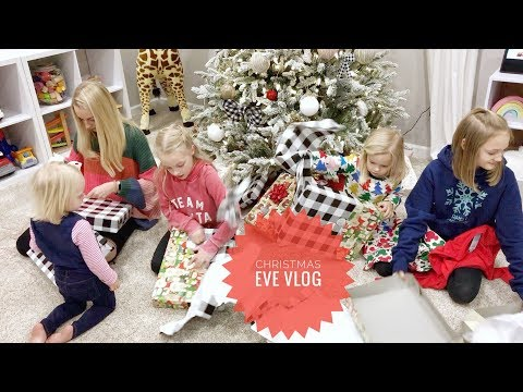 Christmas Eve And First Ever Sister Secret Santa! | Lyla Grace Family Vlog