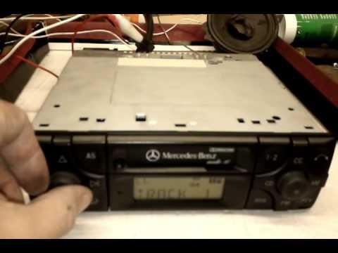 Mercedes benz audio 10 becker be 3200 youtube for Mercedes benz audio 10 code