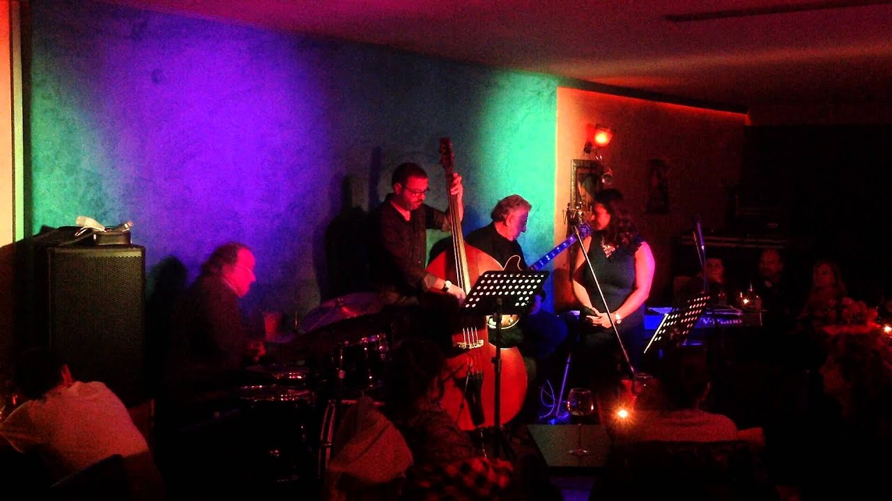 Neu015fet Ruacan Quartet @ Living Room -1- - YouTube