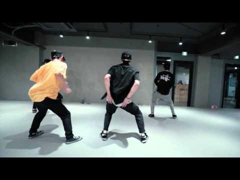 MIRRORED Runaway Ba  Bruno Mars   AssAll Crew Choreography