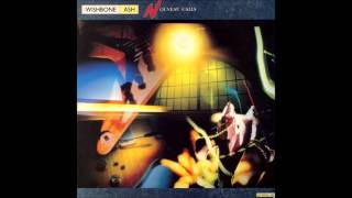 Wishbone Ash - The Spirit Flies Free
