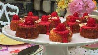 Petite Almond Tea Cakes With Raspberry Sauce Recipe