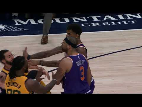 Jared Dudley, Marquese Chriss shove Ricky Rubio in big Suns-Jazz