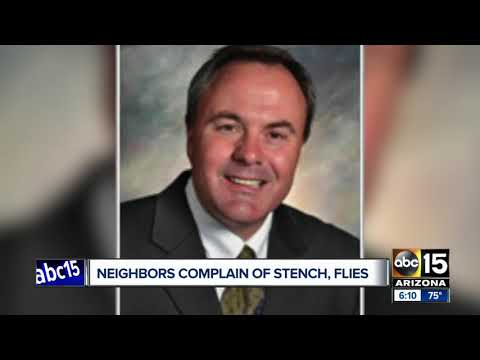 San Tan Valley residents complain of stench from deceased neighbor's home