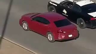 CRAZY MAN CUTS THROUGH HOUSE DURING POLICE CHASE *INSANE*