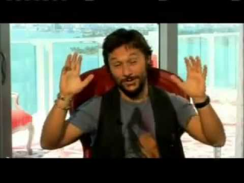 Diego Torres Relaxed E!