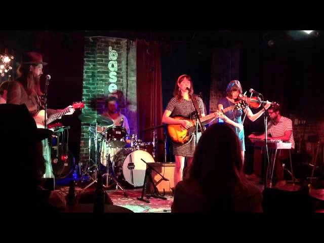 "Ali Sperry & the Family Vacation, ""Alone Together"" live at The Basement, 9/24"