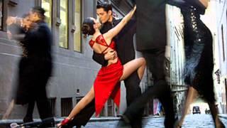 ТАНЕЦ СТРАСТНОЙ ЛЮБВИ - АРГЕНТИНСКОЕ ТАНГО(Аргентинское танго... Притягивай ее к себе, как будто хочешь взять ее прямо сейчас! Касайся ее так, как будто..., 2012-08-07T20:59:42.000Z)
