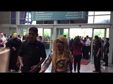 Johor Sultan Ibrahim Ismail Sultan Iskandar Arrives At Sultan Ismail Hospital
