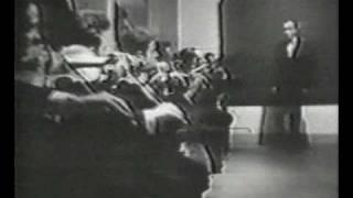 Смотреть клип песни: Крематорий - Мусорный ветер
