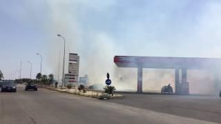 Incendio lambisce stazione di servizio