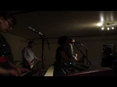 Camera Obscura - Tears For Affairs (At Brooklyn Flea 6/6/10)