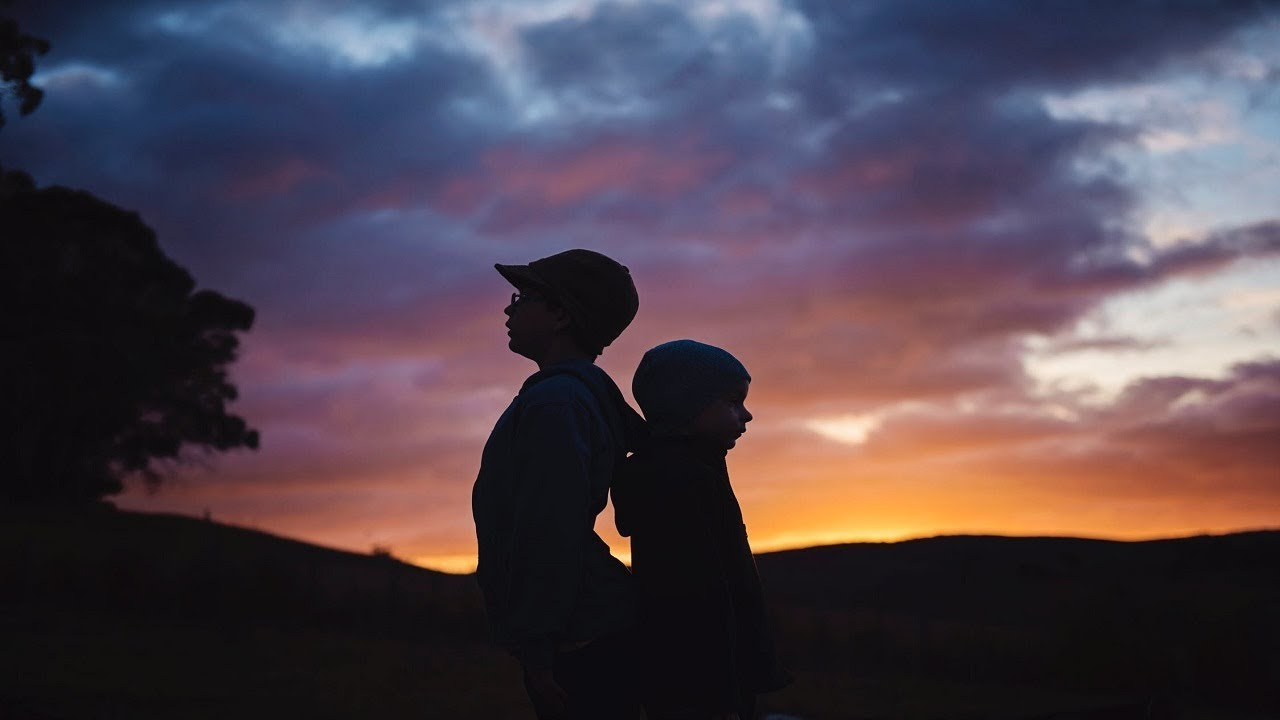 ☢ בול פגיעה - מה ענה הרב שטיינמן על השאלה: מה עושים אם הילד ירד מהדרך ומקלקל את האחים?
