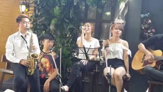 Velvet garden coffee music