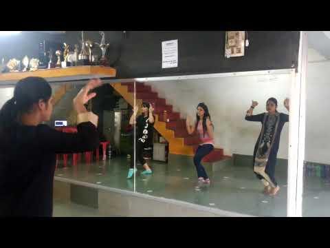 Sangeet practice..... Lathhe di chadar #Sudhaashna / Thirkan- A school of dance