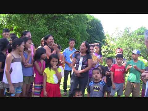 MITCH FROM AUSTRALIA TEARS UP WHEN KIDS FROM VILLAGE OF HOPE ORPHANGE SING EXPAT PHILIPPINES
