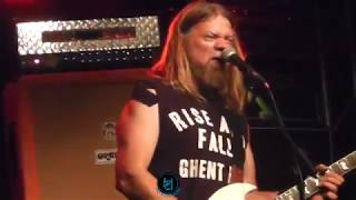 CORROSION OF CONFORMITY - Wolf named crow (live)
