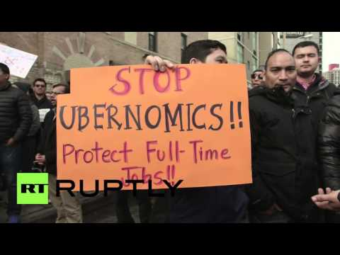 USA: Hundreds of Uber drivers rally outside NYC office over fare cuts