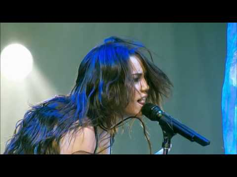 Miley Cyrus - Wonder World Tour  at the 2O 1080p