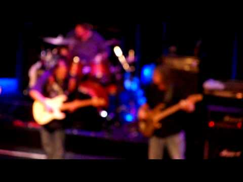 """Walter Trout - We want more.., the """"encores"""" from Paradiso Amsterdam 2009"""