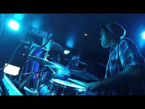 Nick Moran (Karaoke Rockstarz) - Hit Me With Your Best Shot
