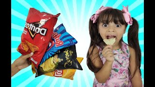 APRENDENDO CORES COM SALGADINHOS  Learn English colors for children تعلم الالوان بالإنجليزية للاطفال
