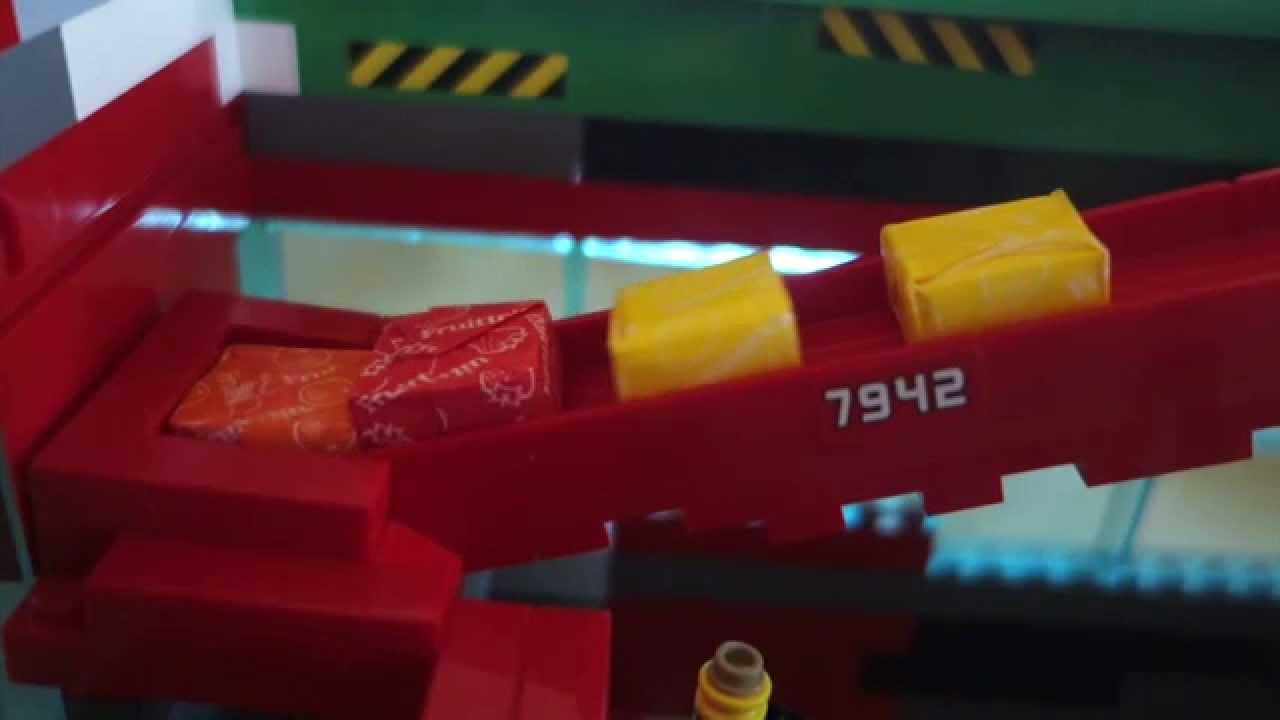 Sno3pr A Lego Mindstorms Ev3 Candy Vending Machine Youtube