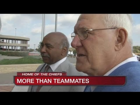 Jim Lynch and Willie Lanier are reminder that football can unite people
