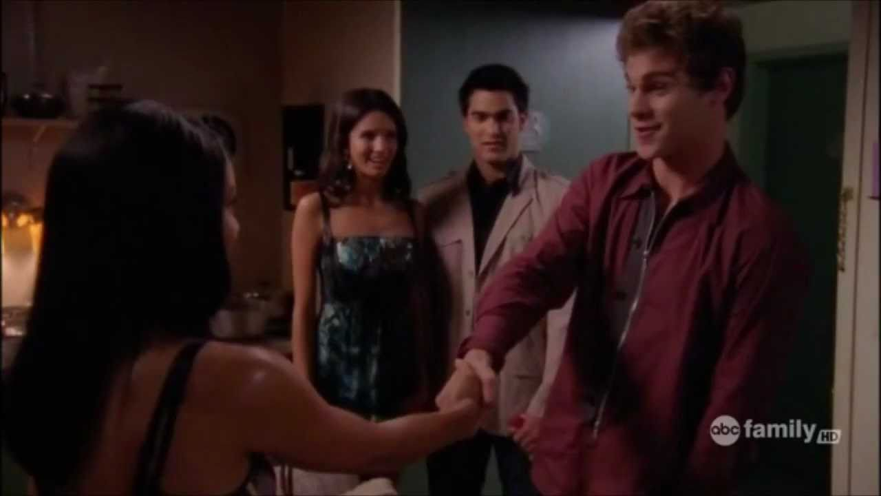 Download Tyler Hoechlin on Lincoln Heights (Part 1)