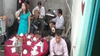 Mừng Tuổi Mẹ-Mỹ Dung-Nguyễn Thanh-guitare-Minh Hương-kìm-Hoàng Tửng-tranh