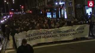 Marcha por los derechos humanos, las soluciones y la paz en Iruñea
