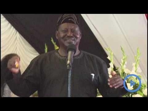 Raila , Uhuru meet at Gachagua's funeral