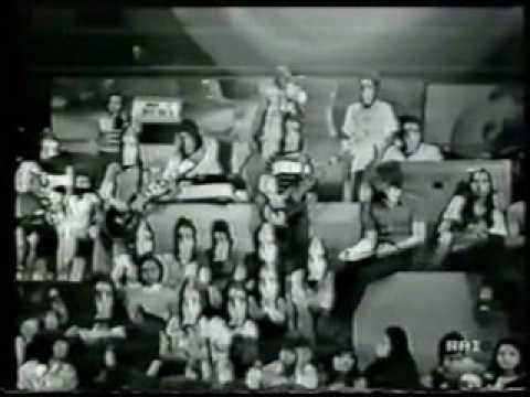 """Franco Battiato nel programma """"Tutto è pop"""" (1972)"""