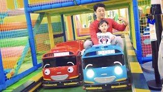 타요 자동차를 타고 달려볼까?! 타요 키즈카페에 간 라임이 Tayo Bus Car Kids Cafe Toys Play ТАЙО Игрушки | LimeTube & Toy 라임튜브