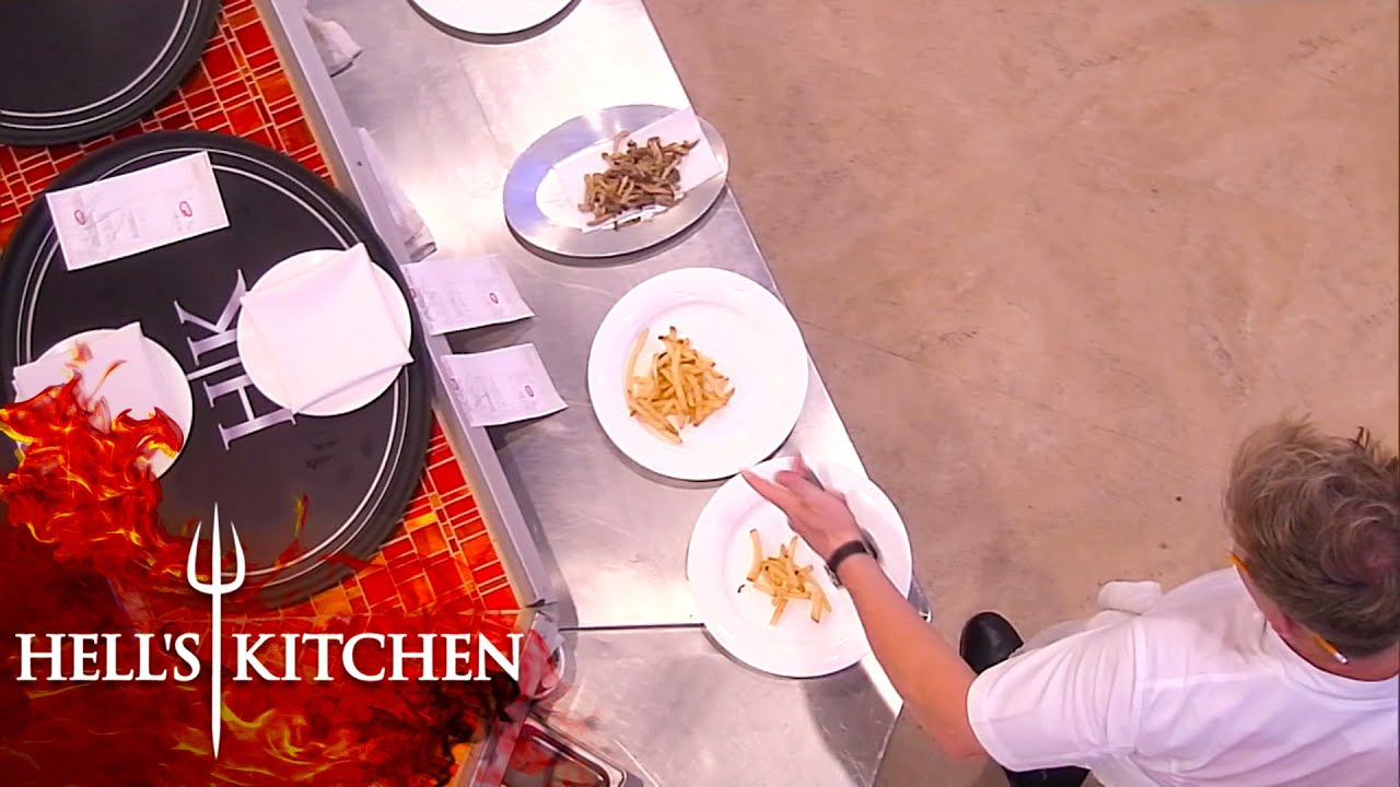 Jackie Struggles With Fries | Hell's Kitchen