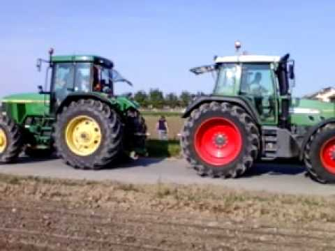 Fendt 820 Vs. Jonh Deere 7710