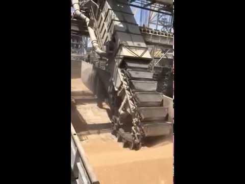 Barge Unloading