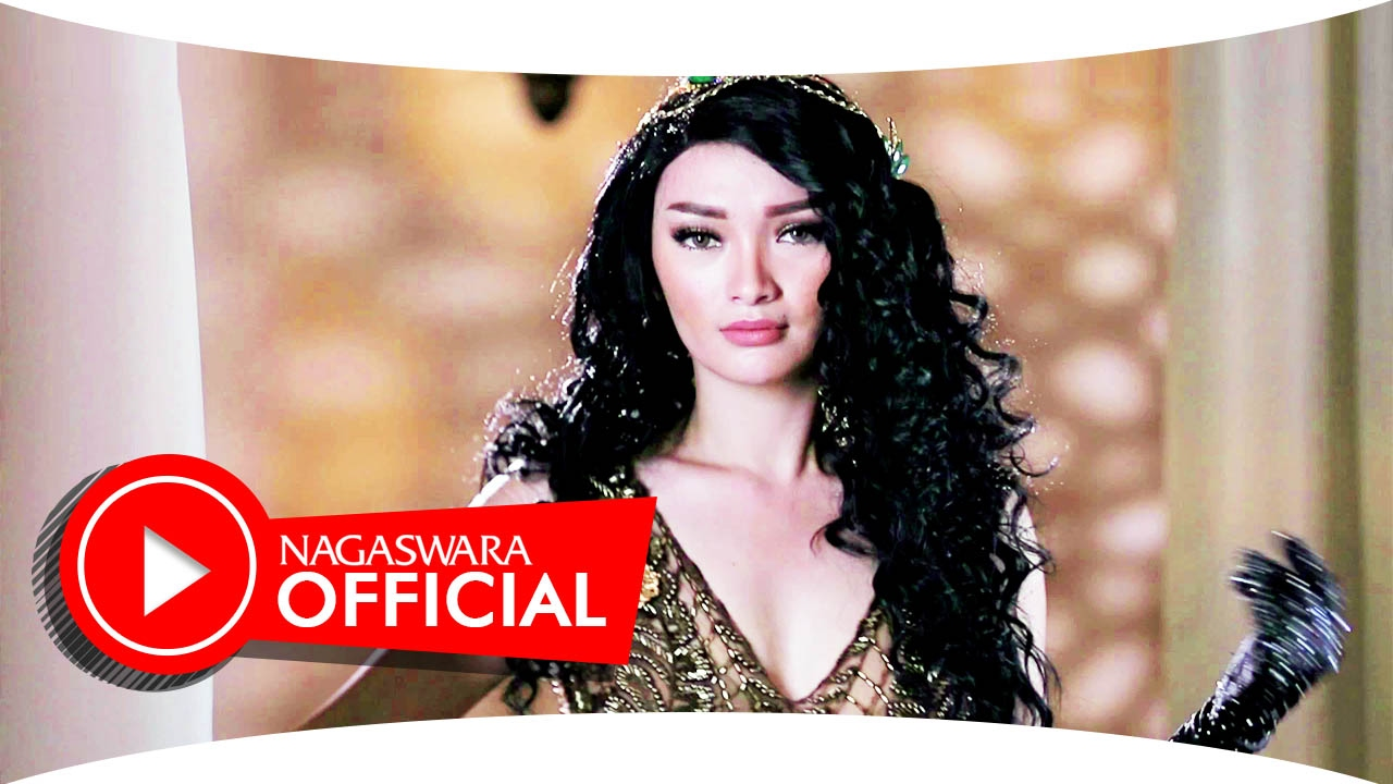 Zaskia gotik ora ndueni official music video nagaswara music zaskia gotik ora ndueni official music video nagaswara music youtube reheart Gallery
