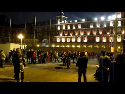 Plaza Mayor 360 with mariachi in the background