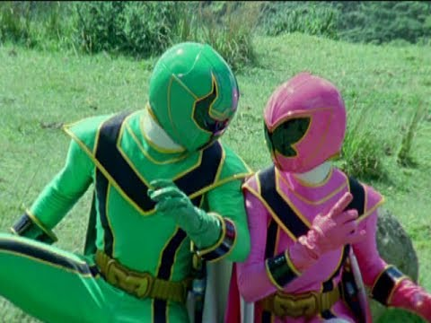 Power Rangers Mystic Force - Pink and Green Ranger vs Boney | Episode 10 Petrified Xander