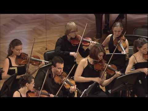 Mozart  -  Piano Concert No.21 ,  K467   Yeol Eum Son