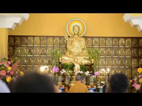 Thượng Tọa Thích Tâm Thiện thuyết pháp tại Chùa Hoa Nghiêm 4-13-2013 Phần 1 of 8