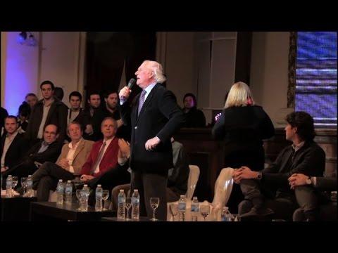 Carrió no soportó el discurso de Pino y se fue de la presentación de Unen