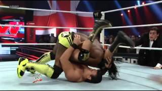 Randy Orton attacks Alberto del Rio  on RAW 11/06/2012