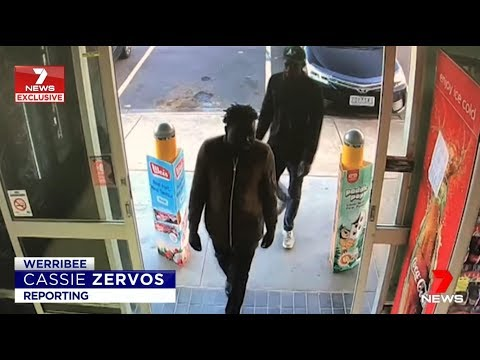 Aussie Heroes Halt Africans Robbing Bottle Shop.(Werribee)  Seven News