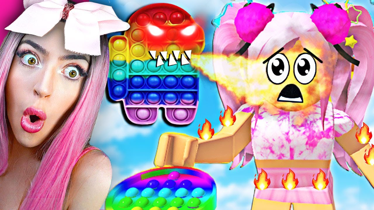 DONT PLAY this CURSED Pop It Obby In Roblox.. (CRAZY FIDGET TOY OBBY!)