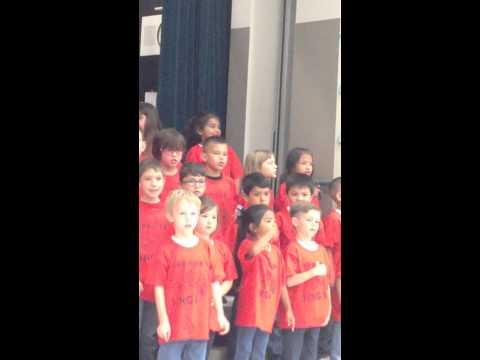 1st graders sing Art Freiler School