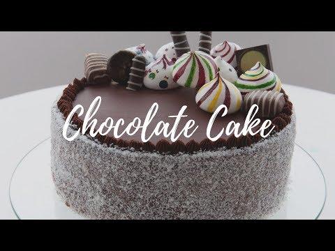 Simple Chocolate Cake With Italian Custard